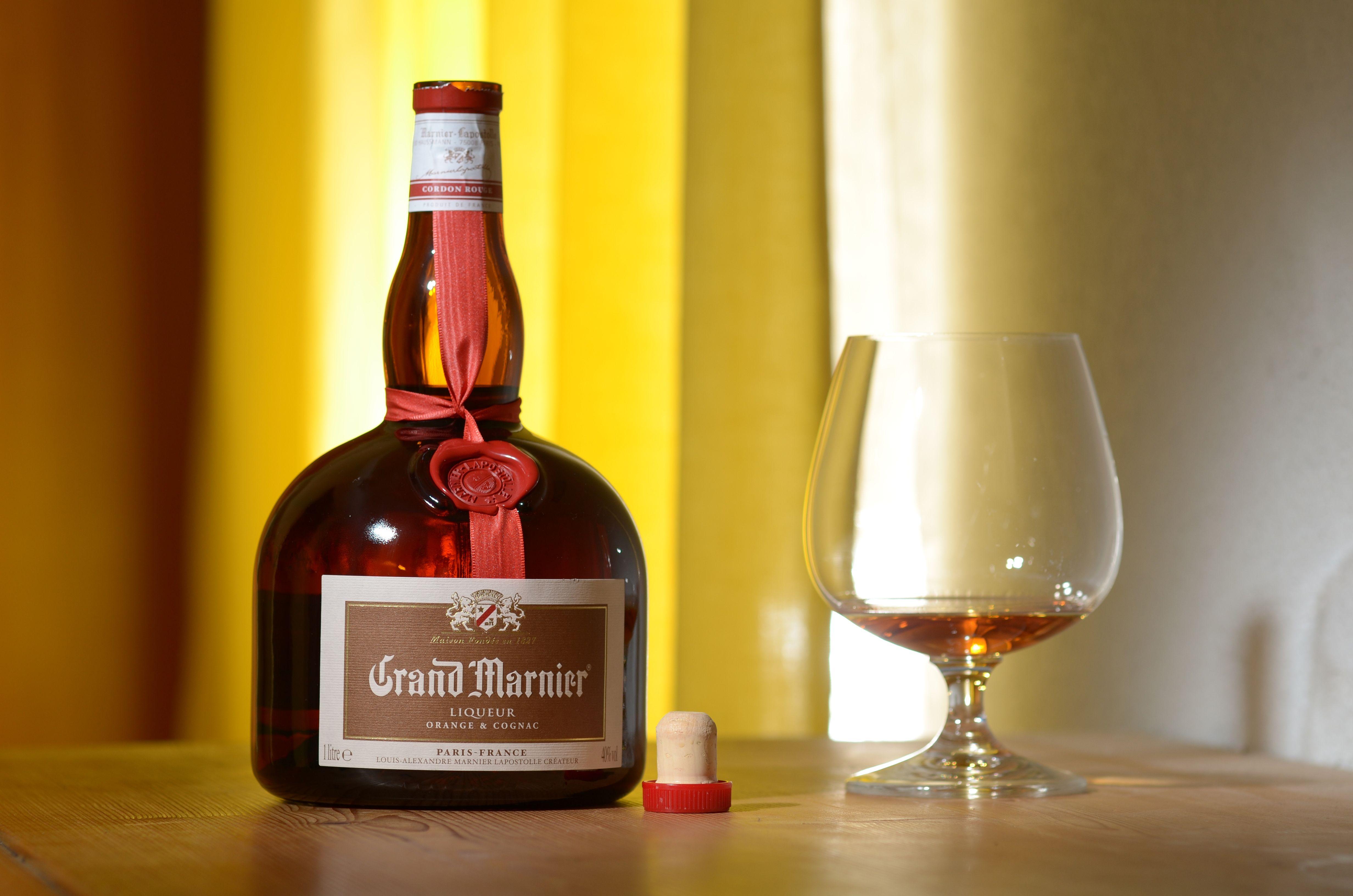 the history of grand marnier taste cocktails. Black Bedroom Furniture Sets. Home Design Ideas