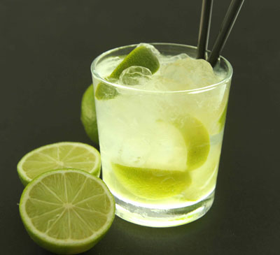 Caipirinha cocktail  Caipirinha history and recipe - How to make a Caipirinha cocktail ...